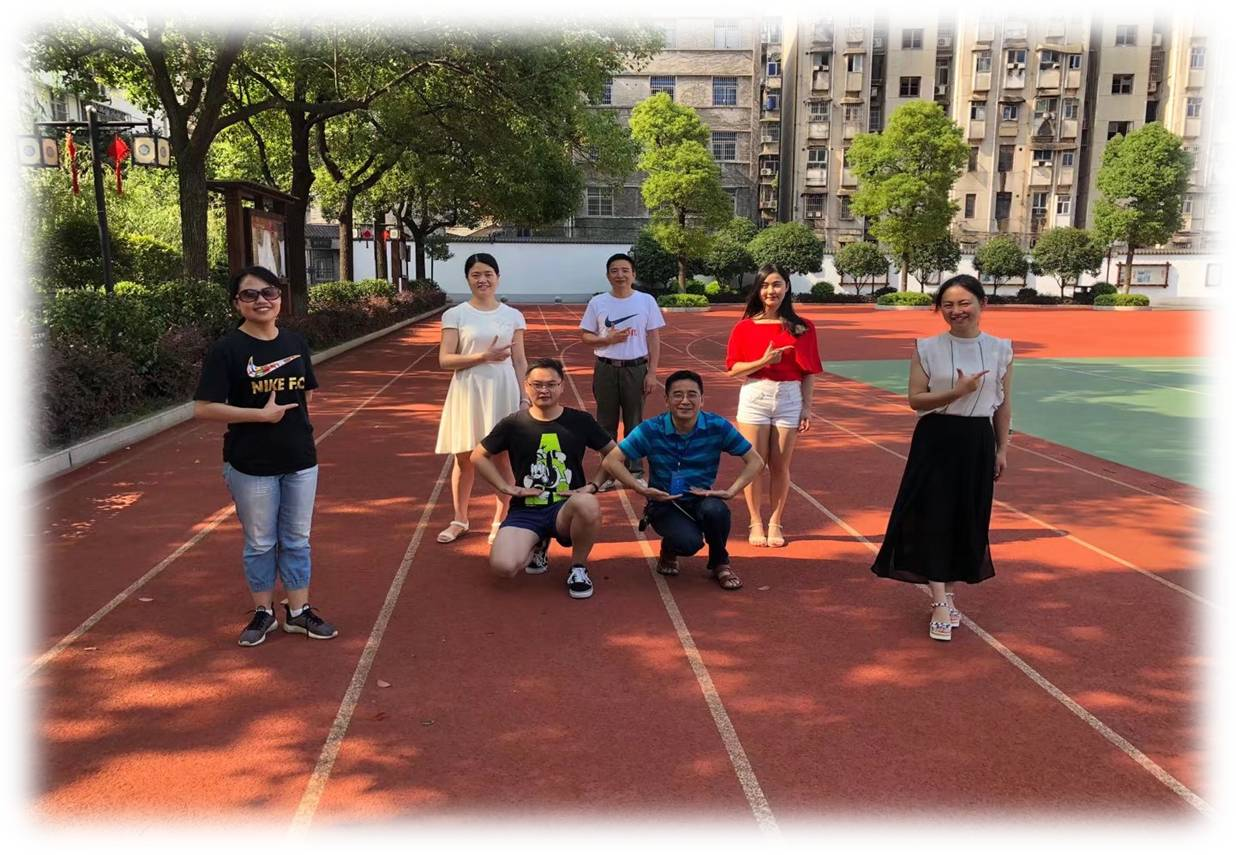 2018年优秀备课组——原初三数学组(段晓莹组)