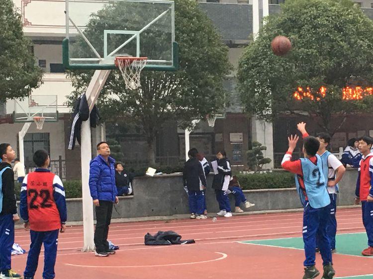 374班:篮球赛事已落幕,运动精神永不衰